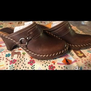 Frye Leather Clogs Size 9